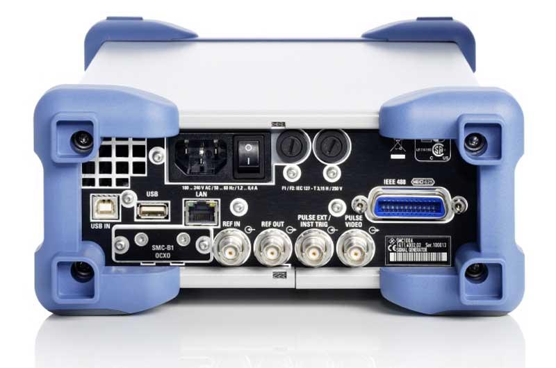 Rohde & Schwarz SMC100A Signalgenerator Rüchseite - Allice Messtechnik